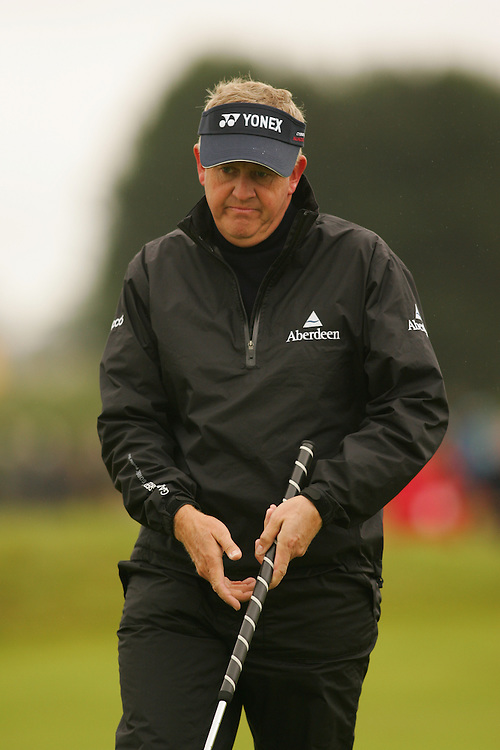 CARNOUSTIE, SCOTLAND - JULY 19: Colin Montgomerie reacts to a missed putt during the first round of the 136th Open Championship in Carnoustie, Scotland at Carnoustie Golf Links on Thursday, July 19, 2007. (Photo by Darren Carroll/Getty Images) *** LOCAL CAPTION *** Colin Montgomerie