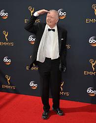 Jon Voight bei der Verleihung der 68. Primetime Emmy Awards in Los Angeles / 180916<br /> <br /> *** 68th Primetime Emmy Awards in Los Angeles, California on September 18th, 2016***