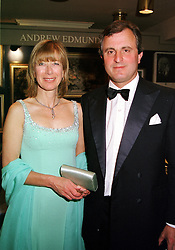 VISCOUNT & VISCOUNT ASTOR at a reception in<br />  London on 15th June 2000.OFH 66<br /> © Desmond O'Neill Features:- 020 8971 9600<br />    10 Victoria Mews, London.  SW18 3PY <br /> www.donfeatures.com   photos@donfeatures.com<br /> MINIMUM REPRODUCTION FEE AS AGREED.<br /> PHOTOGRAPH BY DOMINIC O'NEILL