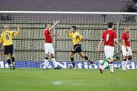 Photo: Marc Atkins.<br />Oxford United v Manchester United XI. Pre Season Friendly. 08/08/2006. Oxford United's John Dempster celebrates after scoring.