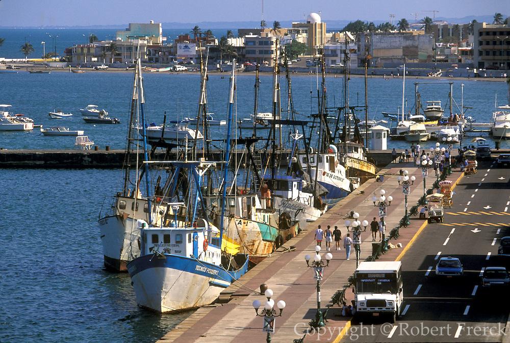 MEXICO, MAJOR CITIES Veracruz; harbor w/fishing boats tied up along Blvd Camacho, popular seaside promenade