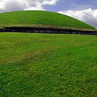 Europe, Ireland, Meath, Brú na Bóinne. Knowth Passage Tombs, a UNESCO World Heritage Site.