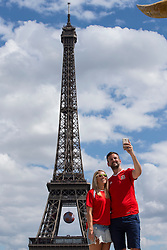 PARIS, FRANCE - Saturday, June 25, 2016: Wales supporters take a selfie by the Eiffel Tower, Paris ahead of the match against Northern Ireland during the Round of 16 UEFA Euro 2016 Championship at the Parc des Princes. (Pic by Paul Greenwood/Propaganda)