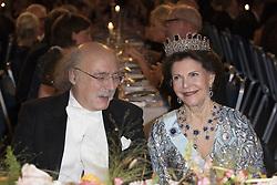 F. Duncan M.Haldane, Kˆnigin  Silvia <br /> <br />  <br /> <br />  beim Nobelbankett 2016 im Rathaus in Stockholm / 101216 <br /> <br /> <br /> <br /> ***The Nobel banquet, Stockholm City Hall, December 10th, 2016***