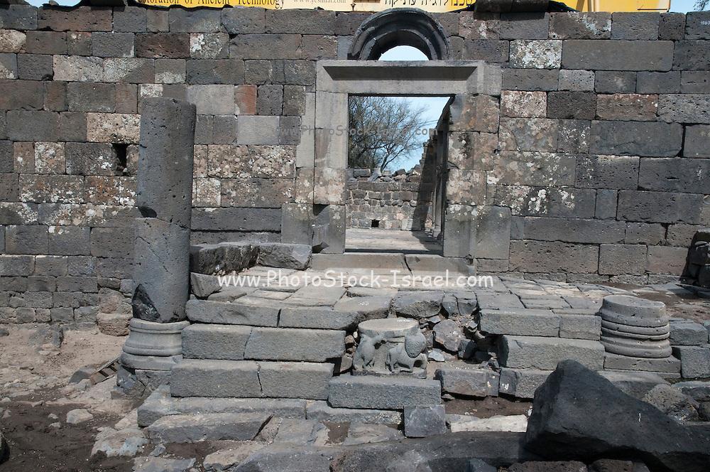 Restoration of the sixth-century Jewish synagogue at Um el Kanatir, Golan Heights, Israel
