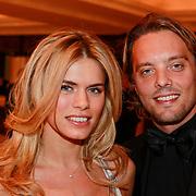 NLD/Noordwijk/20110326 - Inloop Spieren voor Spieren Gala 2011, Nicolette van Dam en partner Bas Smit