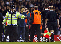 Photograph: Scott Heavey.<br /> Tottenham Hotspur v Manchester City. FA Cup Fourth Round Replay. 04/02/2004.<br /> The Man City bench questions the ref about Joey  Bartons sending off at the half time break