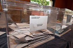 May 26, 2019 - El Vendrell, Tarragona, Spain - A ballot box seen with ballot papers of the European deputies and for the mayoralty of the city of El Vendrell, Catalonia Spain during the European, Municipal and Autonomic Elections 2019. (Credit Image: © Ramon Costa/SOPA Images via ZUMA Wire)