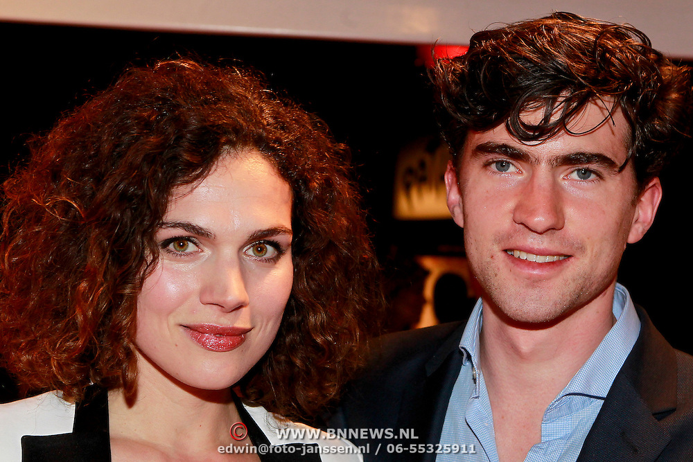 NLD/Den Haag/20110406 - Premiere Alle Tijden, Anna Drijver en partner Benja Bruijning