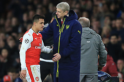 7 March 2017 - UEFA Champions League - (Round of 16) - Arsenal v Bayern Munich - Arsene Wenger manager of Arsenal with Alexis Sanchez - Photo: Marc Atkins / Offside.