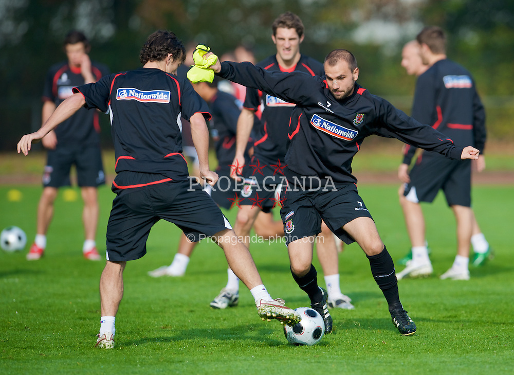 DU?SSELDORF, GERMANY - Tuesday, October 14, 2008: Wales' Carl Fletcher during training at Neuss Gnadental ahead of the 2010 FIFA World Cup South Africa Qualifying Group 4 match against Germany. (Photo by David Rawcliffe/Propaganda)