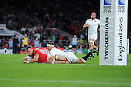 Gareth Davies of Wales scores his teams try late in 2nd half.  Rugby World Cup 2015 pool A match, England v Wales at Twickenham Stadium in London, England  on Saturday 26th September 2015.<br /> pic by  Andrew Orchard, Andrew Orchard sports photography.