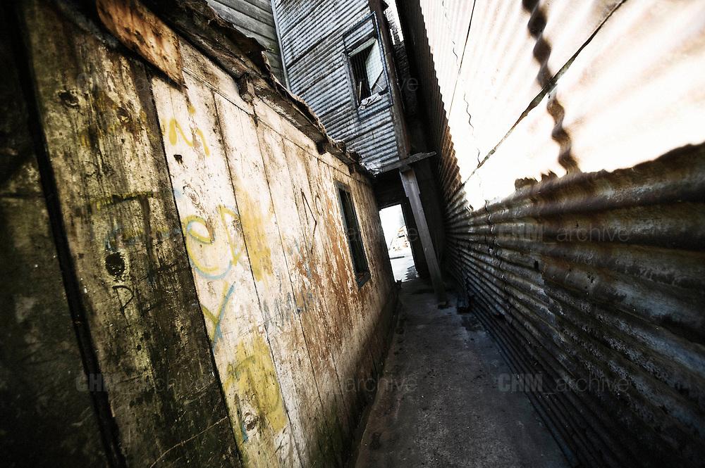 L'ingresso di un convettillo nel quartiere de La Boca a Buenos Aires, 4 marzo 2011.<br /> Foto Christian Mantuano / OneShot