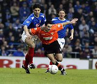 Fotball<br /> FA-cup England 2004<br /> 03.01.2004<br /> Foto: Digitalsport<br /> Norway Only<br /> <br /> Portsmouth v Blackpool 2-1<br /> SCOTT TAYLOR (Blackpool)<br /> STEFANOVIC (Portsmouth )
