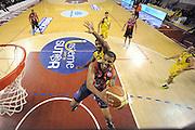 DESCRIZIONE : Ancona Lega A 2012-13 Sutor Montegranaro Angelico Biella<br /> GIOCATORE : Trey Johnson<br /> CATEGORIA : special tiro<br /> SQUADRA : Angelico Biella<br /> EVENTO : Campionato Lega A 2012-2013 <br /> GARA : Sutor Montegranaro Angelico Biella<br /> DATA : 02/12/2012<br /> SPORT : Pallacanestro <br /> AUTORE : Agenzia Ciamillo-Castoria/C.De Massis<br /> Galleria : Lega Basket A 2012-2013  <br /> Fotonotizia : Ancona Lega A 2012-13 Sutor Montegranaro Angelico Biella<br /> Predefinita :