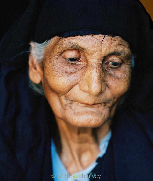 Portrait of elderly Indian lady, Lucknow, Uttar Pradesh, India