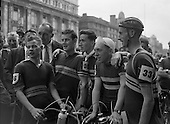 1957 - 04/08 Start of Ras Tailteann at GPO