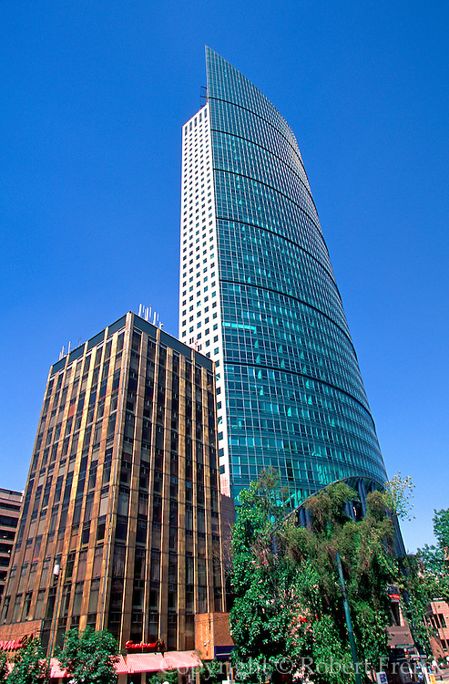 MEXICO, MEXICO CITY Torre Mayor, highest in Latin America