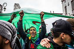 March 22, 2019 - Algiers, Algeria - Demonstration in the streets of Algiers, following the announcement of President Bouteflika of his non-candidature for a 5th term, to protest against the continued power of it for an indefinite period. (Credit Image: © Sadak Souici/Le Pictorium Agency via ZUMA Press)