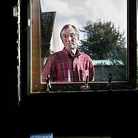 Nederland,Almere ,6 oktober 2008..Journalist Ed Lof, auteur van het boek groei en bloei.