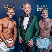 NLD/Amsterdam/20161213 - Inloop gasten The Roast of Gordon, Gordon Heuckeroth  en en naakte modellen