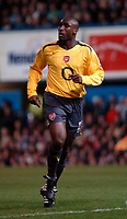 Photo: Ed Godden.<br />Portsmouth v Arsenal. The Barclays Premiership. 12/04/2006. Arsenals Sol Campbell, returns to play his first game since February.