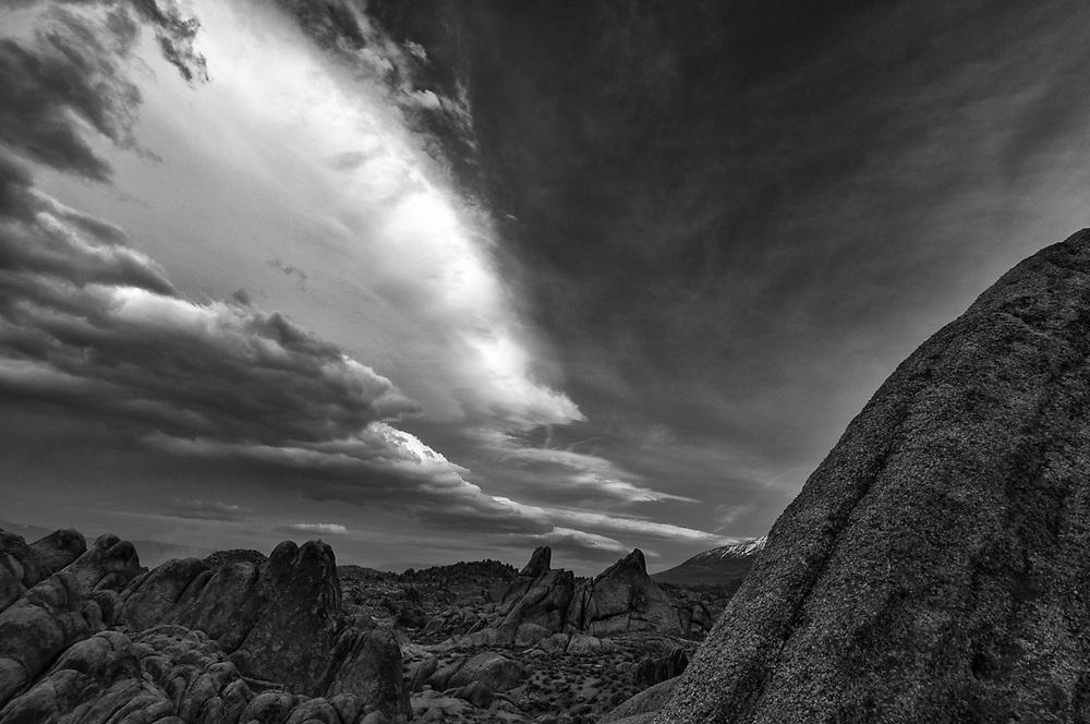Granite boulders, Alabama Hills  Recreation Area, Bureau of Land Management (BLM), evening light, April, Whitney PortaI, Eastern Sierra Nevada Mountain Range, Owens Valley, Inyo County, California, USA