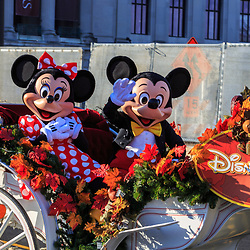 Mickey Mouse and Minnie Mouse in the Phildelphia Thanksgiving Day parade.