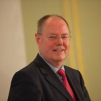 DEU, Deutschland, Germany, Berlin, 07.06.2013:<br />Tag des Deutschen Familienunternehmens im Hotel Adlon. Kanzlerkandidat Peer Steinbrück (SPD) nach seiner Rede.