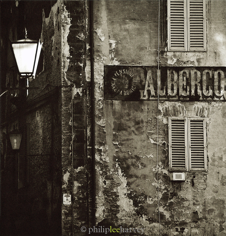 Architecture in the back streets of the Old Town, Siena, Tuscany, Italy