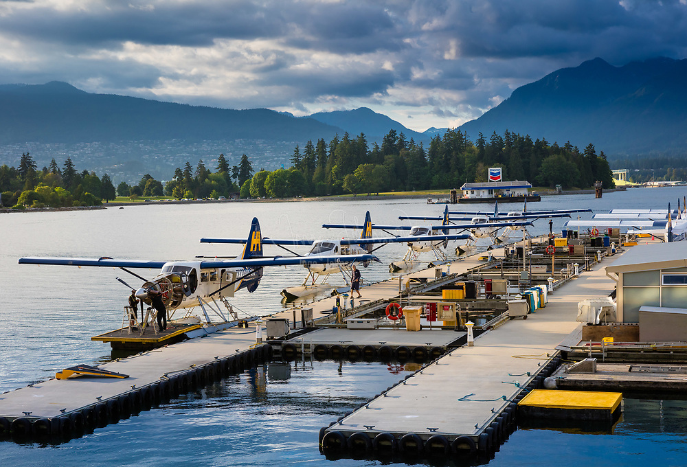 Seaplanes in Vancouver harbor. A seaplane is a powered fixed-wing aircraft capable of taking off and landing (alighting) on water. Seaplanes that can also take off and land on airfields are in a subclass called amphibian aircraft. Seaplanes and amphibians are usually divided into two categories based on their technological characteristics: floatplanes and flying boats; the latter are generally far larger and can carry far more. These aircraft were sometimes called hydroplanes, but currently, this term applies instead to motor-powered watercraft that use the technique of hydrodynamic lift to levitate their main hull above the water when running at speed.