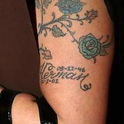 NLD/Amsterdam/20080404 - Premiere Porgy and Bess, Xandra Brood - Jansen met tatoeage van Herman Brood