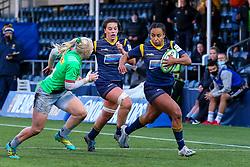 Jade Shekells of Worcester Warriors Women bursts down the left flank - Mandatory by-line: Nick Browning/JMP - 20/12/2020 - RUGBY - Sixways Stadium - Worcester, England - Worcester Warriors Women v Harlequins Women - Allianz Premier 15s