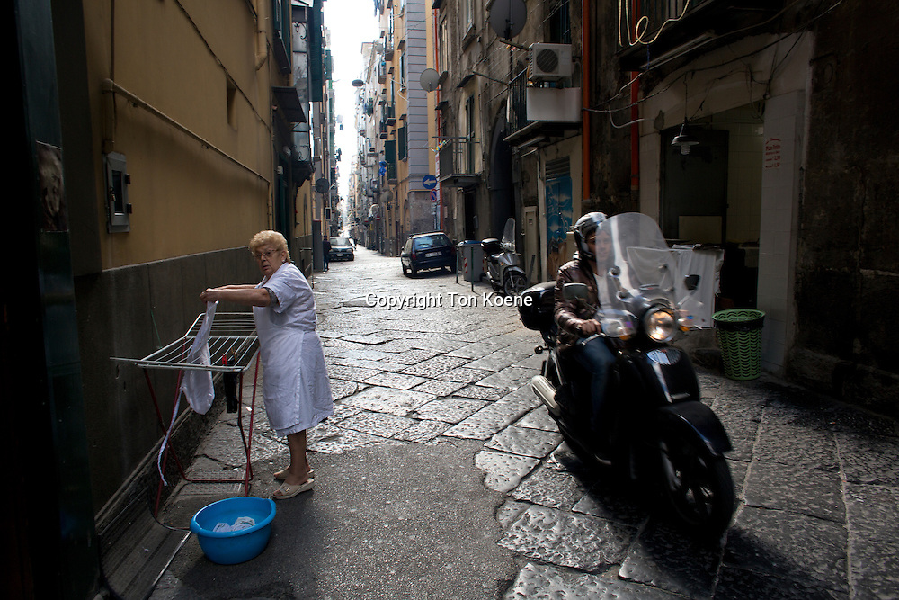 narrow streets and alleys in spagnoli area of Napoli