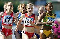Friidrett - Athletics<br /> Junior-VM 2004 - World Junior Championships 2004<br /> Grosseto - Italia - Italy<br /> 16.07.2004<br /> Foto: Morten Olsen, Digitalsport<br /> <br /> 800 meter kvinner<br /> 66 Natalya Koreyvo - Hviterussland<br /> 597 Mariya Shapaeva - Russland<br /> 391 Kay-Ann Thompson - Jamaica
