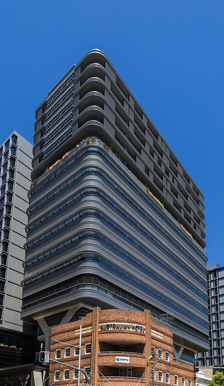 The art deco Australian Hotel constructed in 1938 forms part of Central Park's Broadway street frontage embedded within the Duo Towers. Duo Central Park, Chippendale, is a mixed commercial, residential and hotel development- The Four Points Hotel by Sheraton Sydney.