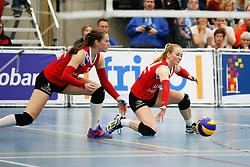20170430 NED: Eredivisie, VC Sneek - Sliedrecht Sport: Sneek<br />Paula Boonstra (5) of VC Sneek, Roos van Wijnen (11) of VC Sneek <br />©2017-FotoHoogendoorn.nl / Pim Waslander