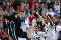 Fotball, Tippeliga, 22.05.05, Rosenborg ( RBK ) - Molde 1-1<br /> Jubel for Roar Strand sin scoring, <br /> Foto: Carl-Erik Eriksson. Digitalsport