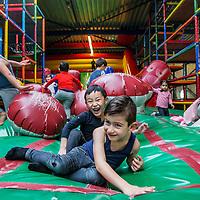 Nederland, Amsterdam, 15 januari 2017.<br />Binnenspeeltuin Ballorig Gaasperplas.<br />Drie indoorspeeltuinen zijn door de Nederlandse Voedsel- en Warenautoriteit (NVWA) op de vingers getikt. De NVWA heeft afgelopen jaar landelijk 37 speelhallen gecontroleerd. Bij 90 procent was iets niet in orde.<br />Bij binnenspeeltuin Ballorig was overigens niks mis.<br /><br /><br /><br /><br /><br />Foto: Jean-Pierre Jans