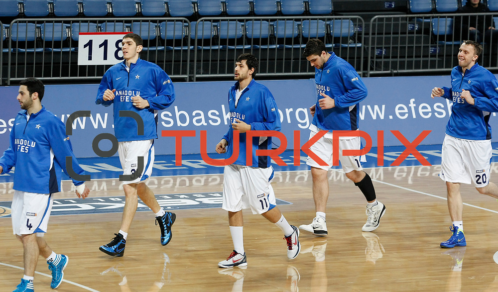 Anadolu Efes's players during their Turkish Basketball League match Anadolu Efes between Mersin BSB at Sinan Erdem Arena in Istanbul, Turkey, Saturday, January 14, 2012. Photo by TURKPIX