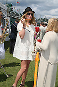 Penny Lancaster Stewart and Sally Lancaster, The Veuve Clicquot Gold Cup 2007. Cowdray Park, Midhurst. 22 July 2007.  -DO NOT ARCHIVE-© Copyright Photograph by Dafydd Jones. 248 Clapham Rd. London SW9 0PZ. Tel 0207 820 0771. www.dafjones.com.