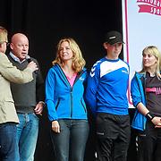NLD/Schiedam/20110416 - Opening Nationale Sportweek 2011, sport ambassadeurs