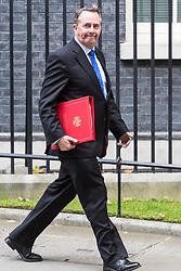London, October 17 2017. International Trade Secretary Liam Fox leaves the UK cabinet meeting at Downing Street. © Paul Davey