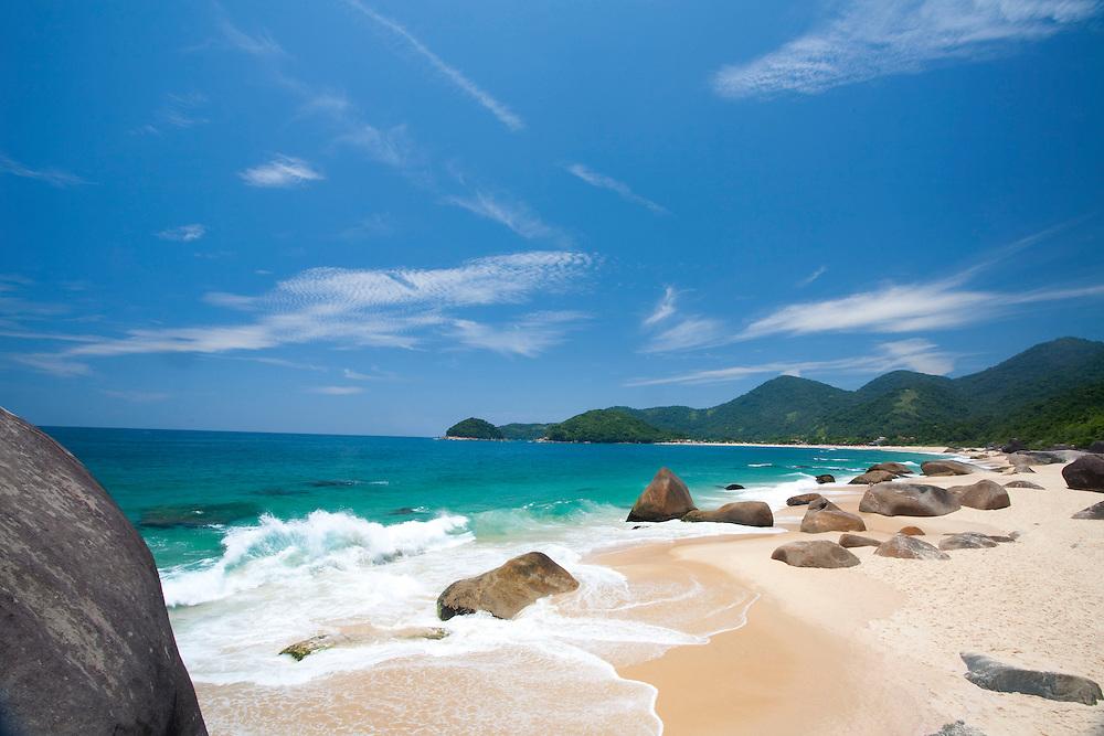 Paraty_RJ, Brasil.<br /> <br /> Praia de Trindade em Paraty, Rio de Janeiro.<br /> <br /> Trindade beach in Paraty, Rio de Janeiro.<br /> <br /> Foto: JOAO MARCOS ROSA / NITRO