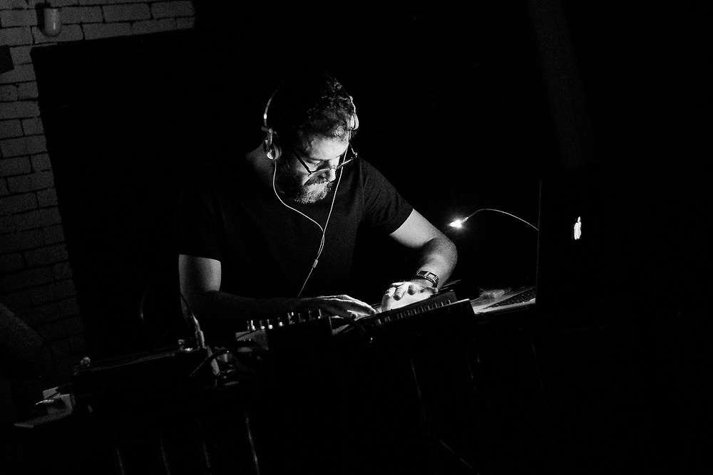 Mario Conte live at Cellar Theory. Naples, Italy. 2015.