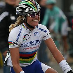 Ladiestour 2006 Sint Willebrord<br />Regina Schleicher wins first stage