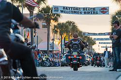 The final Saturday on Main Street during Daytona Bike Week. FL, USA. March 15, 2014.  Photography ©2014 Michael Lichter.