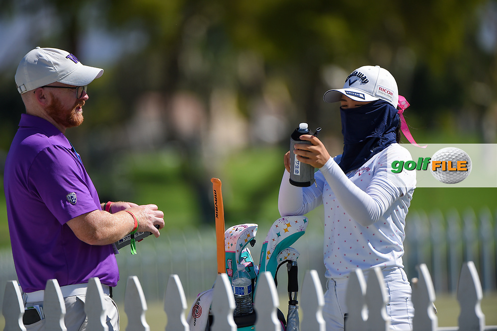 Yui Kawamoto (JPN) is all masked up on the practice green during the preview of the 2020 ANA Inspiration, Mission Hills C.C., Rancho Mirage, California, USA. 9/9/2020.<br /> Picture: Golffile   Ken Murray<br /> <br /> All photo usage must carry mandatory copyright credit (© Golffile   Ken Murray)
