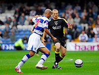 Photo: Leigh Quinnell.<br /> Queens Park Rangers v Cardiff City. Coca Cola Championship. 18/08/2007. Cardiffs Warren Feeney closes down QPRs Zesh Rehman.