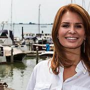 NLD/Volendam/20140626 - 100%NL magazine bestaat 5 jaar, Leontien Borsato